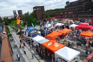 Garmin GPS-Festival auf Zollverein - Highline Ÿüber dem MessegelŠände - Bild: Garmin