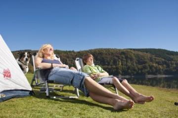 Das Sauerland bietet beste Voraussetzungen für einen gelungenen Campingurlaub. / Het Sauerland biedt de beste voorwaarden voor een succesvolle kamperen. - Sauerland-Tourismus e. V.; Fotograf: Jürgen Fischbach