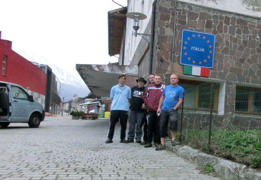 Das Team um Roland Beck - Fotocredit: Falk Outdoor