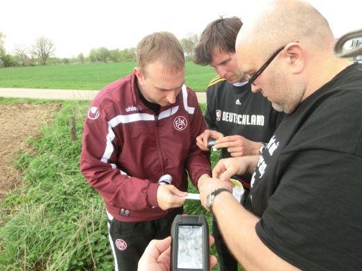 Das Geocaching-Team in Aktion - Fotocredit: Falk Outdoor