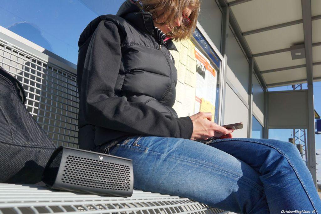 V7 Retro Bluetooth Lautsprecher & V7 Smartphone Ladegerät – POWERBANK 6600 mAh im Praxistest Bild 015